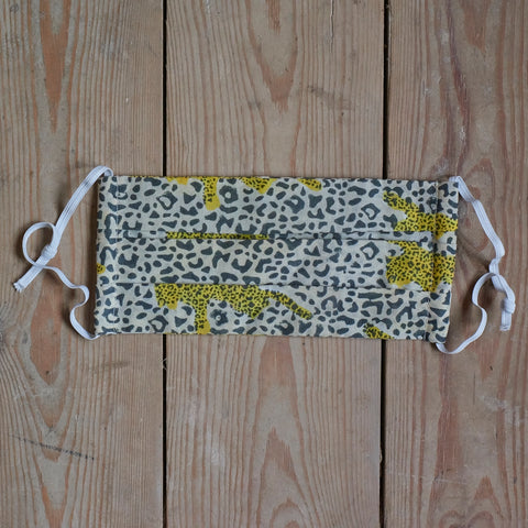 Adult face mask - Yellow leopard