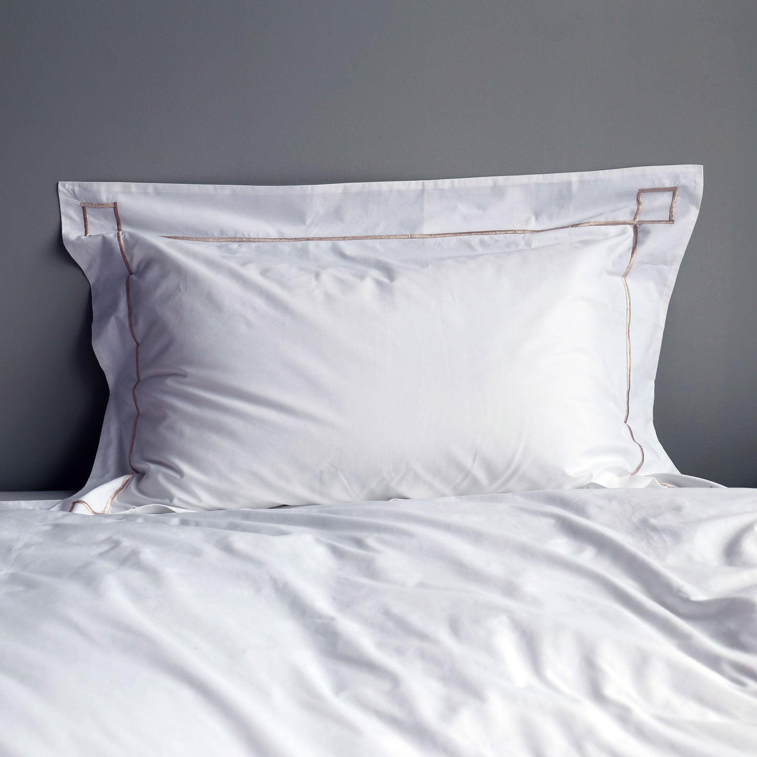 Jaipur embroidered Oxford single pillowcase