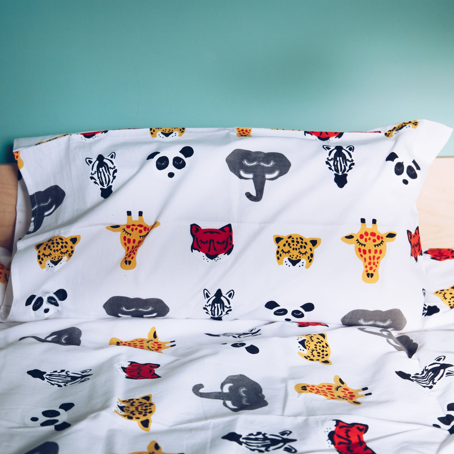 Sleepy Safari Heads toddler cot bed duvet set