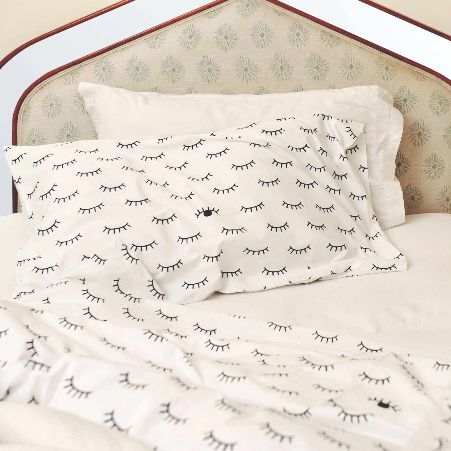 Sleepy wink bedding set