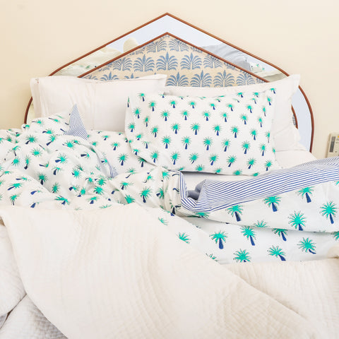 Turquoise palm tree bedding set