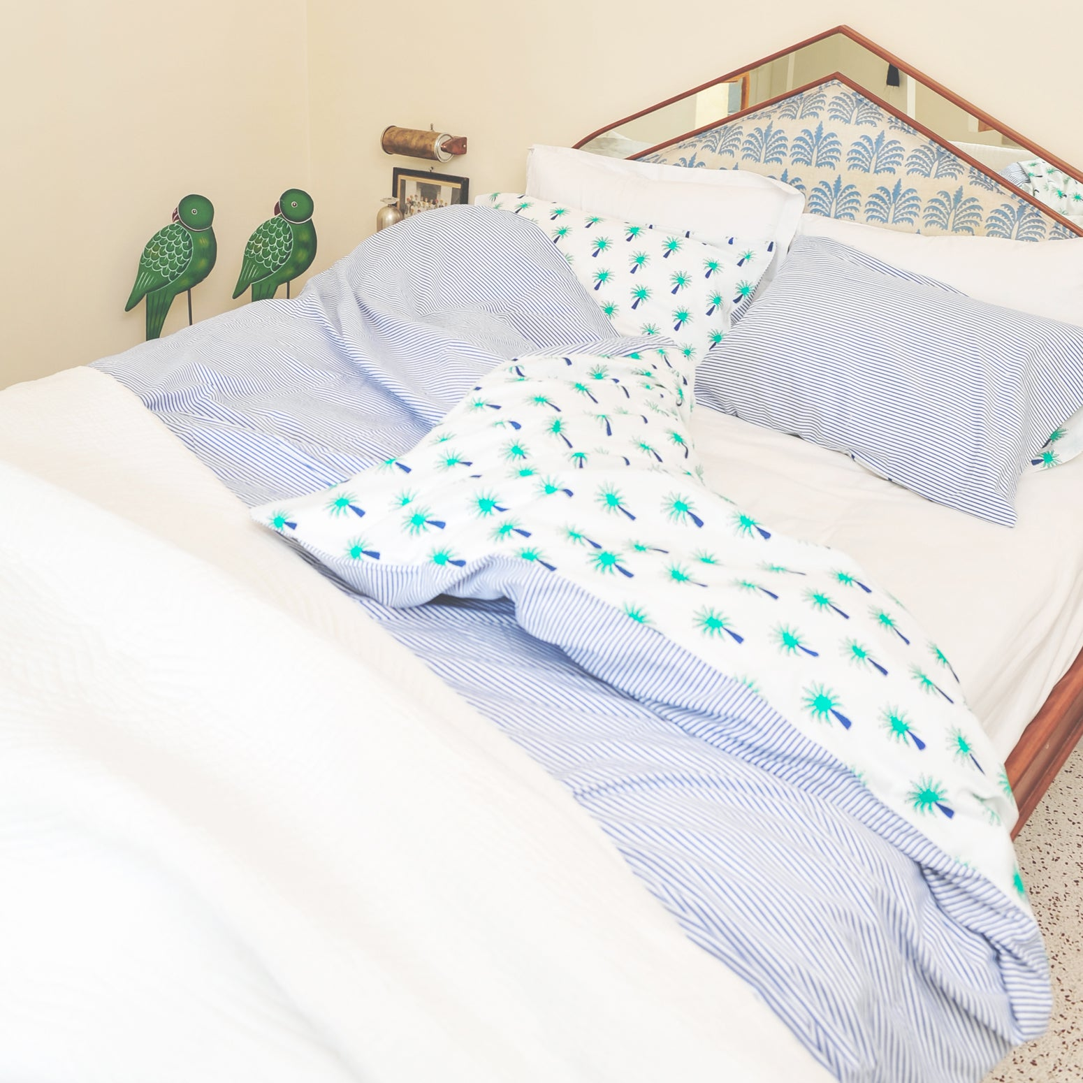 Turquoise palm tree duvet cover