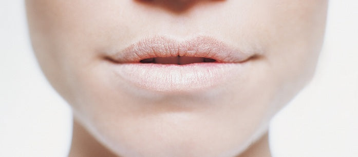 Chapped lips are a common problem when the weather is cold. There are different dry lips treatment that you can use to prevent this condition.