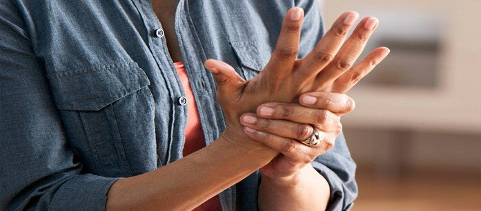 Many people think that arthritis is an ailment experienced only by elders. Here are some facts about this disease and natural supplements for arthritis.