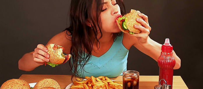 If you do emotional eating, you might feel powerless and give in to your food cravings. But there's still a way. To find out more, read here.