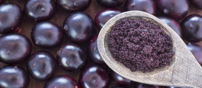 Using acai berry powder is one of the easiest ways to gain the many benefits of the acai super fruit. Here are some tips on how to buy acai powder.