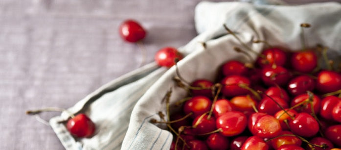 You might have seen acerola cherries in its food derivatives like acerola cherry supplements, but do you know how important it is for the body?