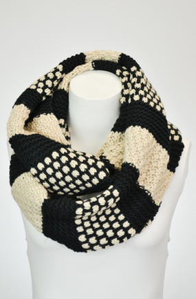Pattern Pop Infinity Scarf - Black/Cream