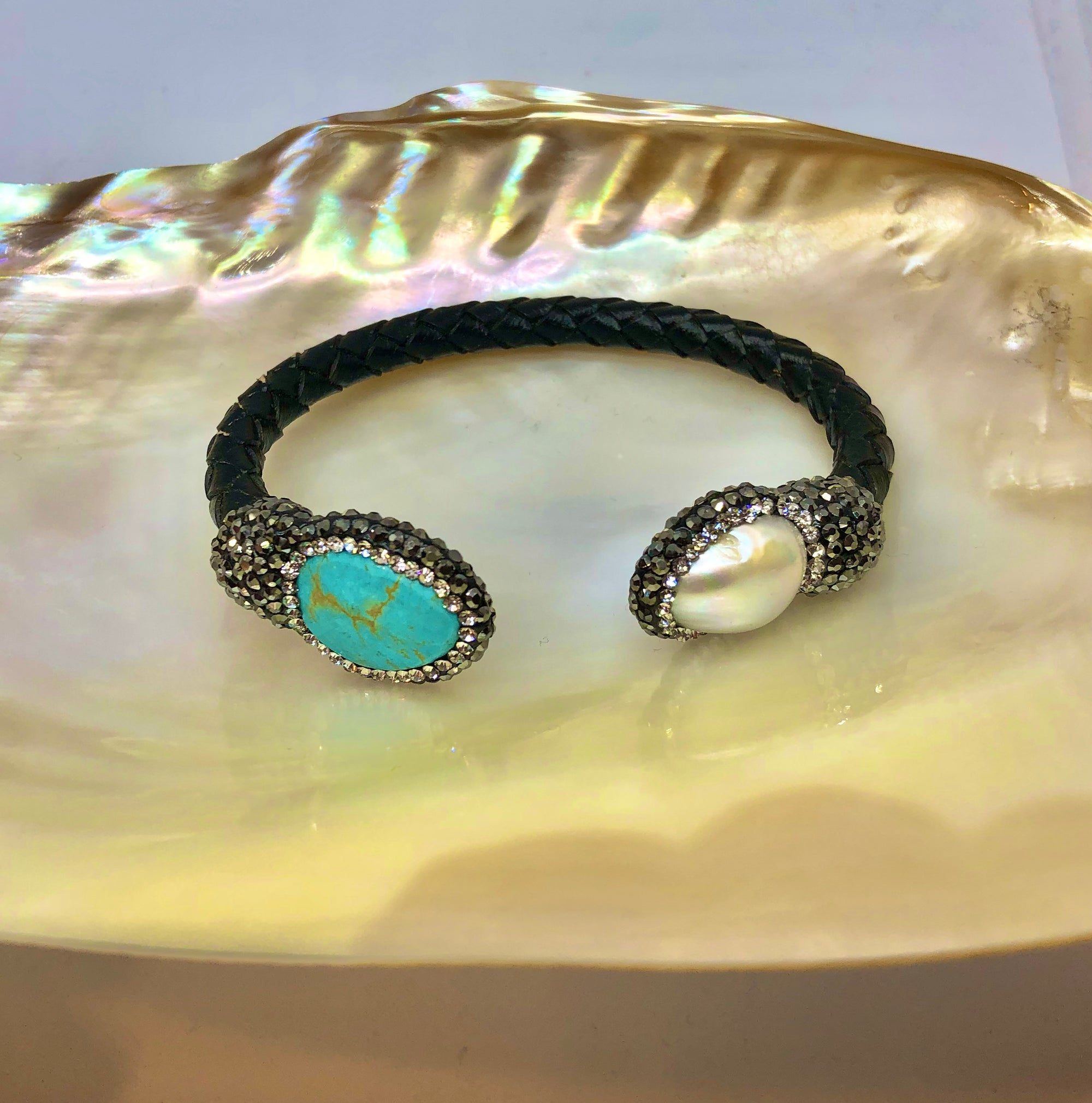 Isis Bracelet Turquoise Pearl