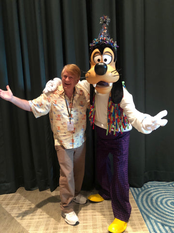 Bill Farmer with Goofy