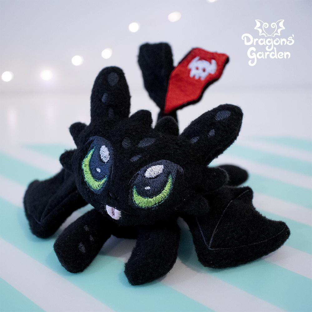 ITH Light & Night Fury Plush Embroidery Pattern - Dragons' Garden