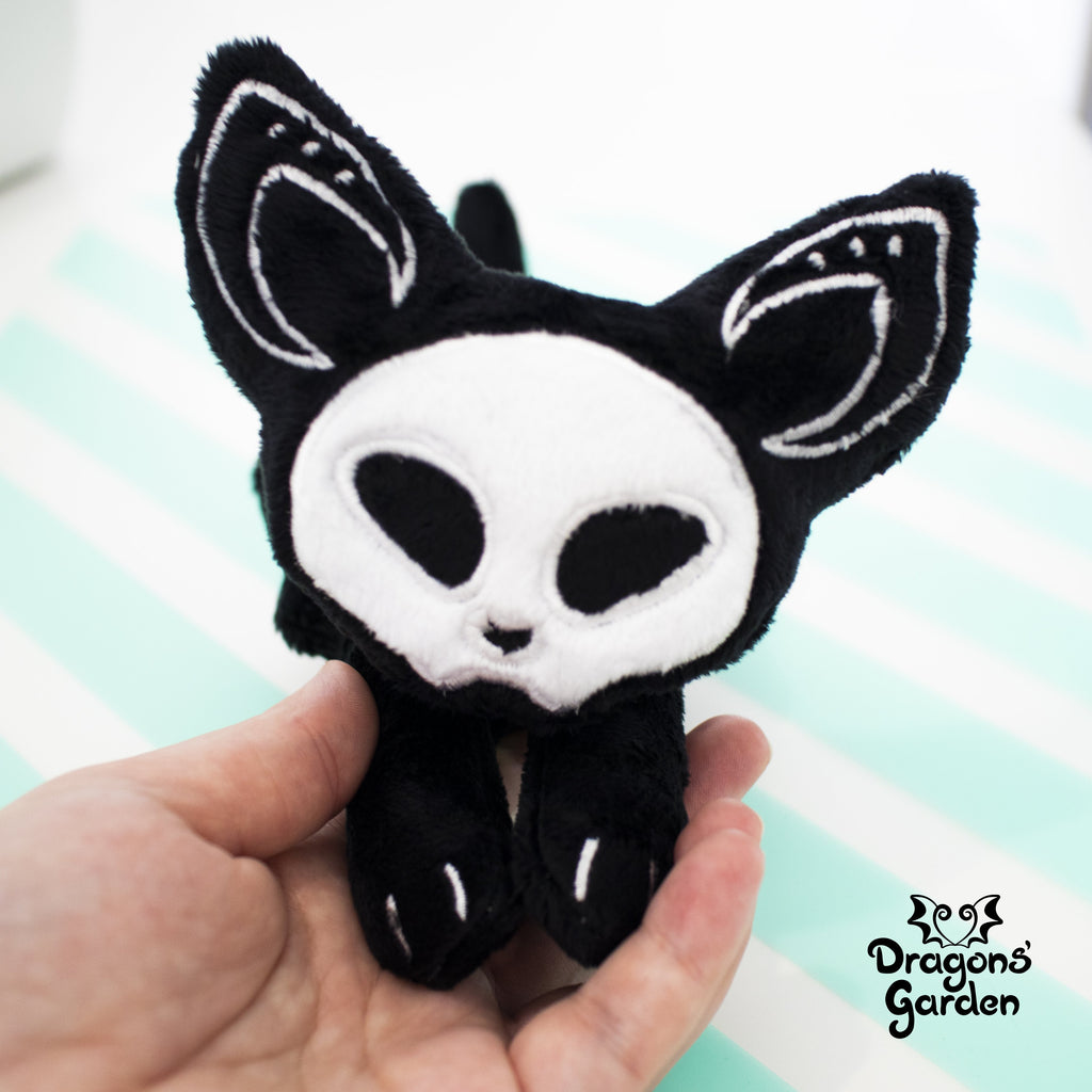 ITH Skeleton Cat Plushie Embroidery Pattern - Dragons' Garden