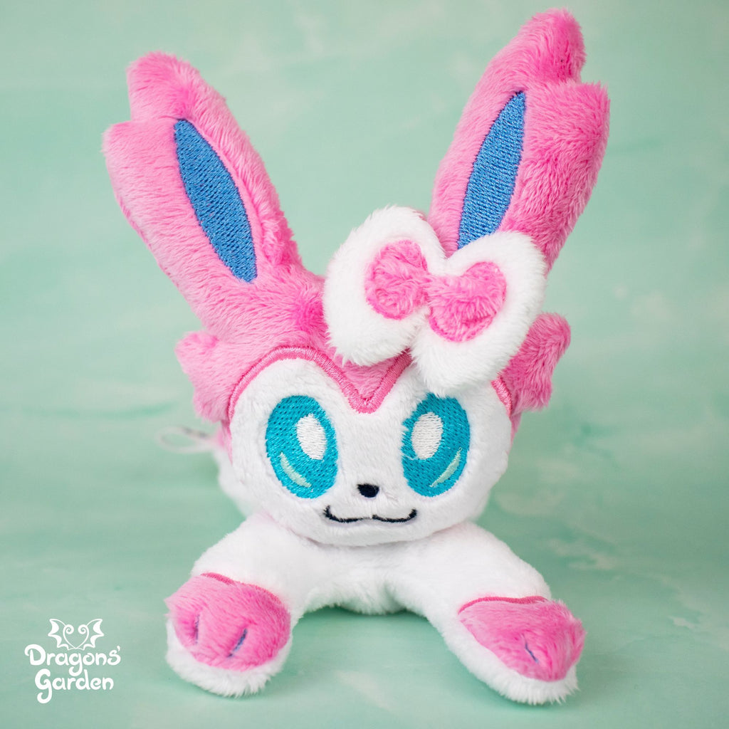 Sylveon Plushie - Dragons' Garden