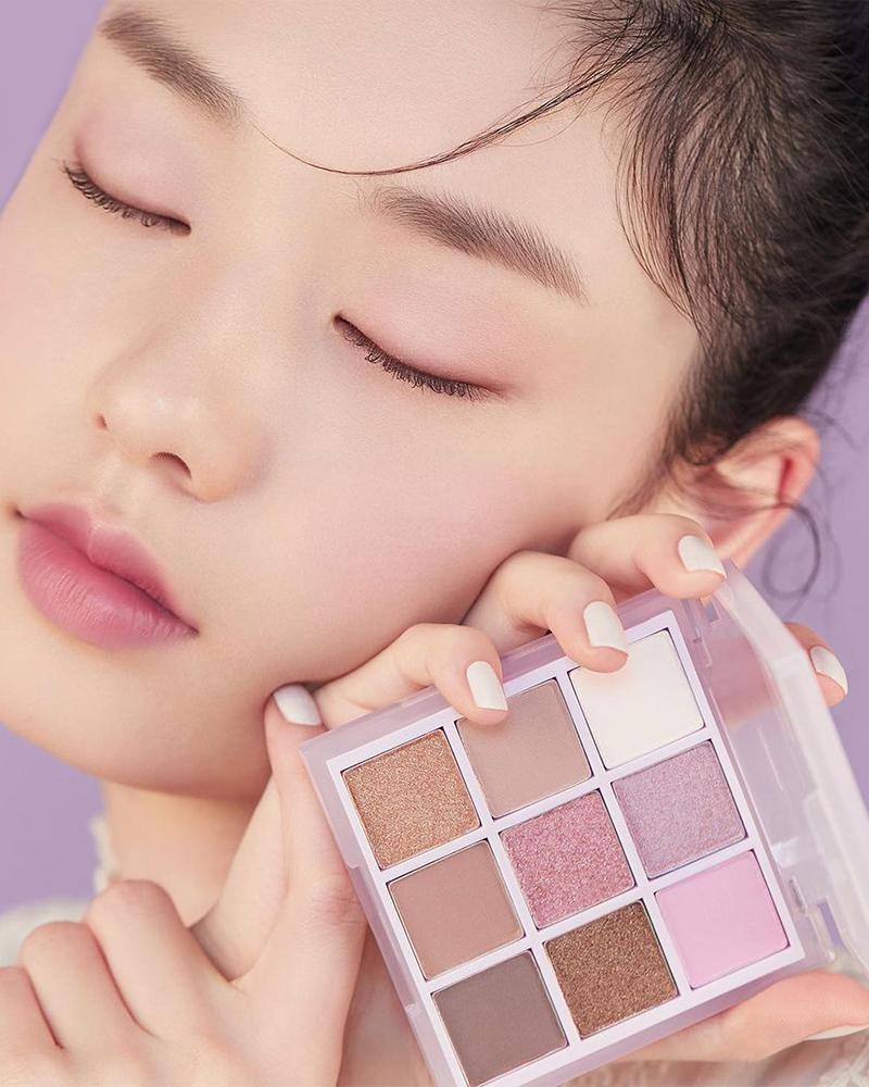 Etude House Play Color Eyes Palette Milky New Year #Blueberry Milk