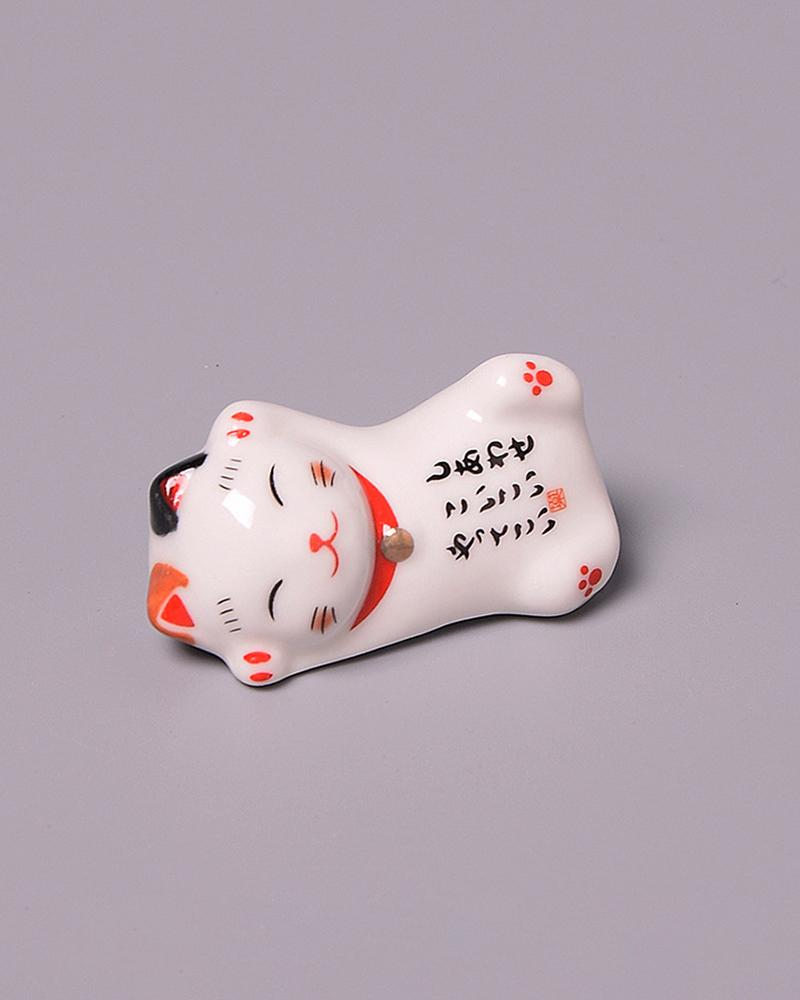 Shop Shop Lucky Cat Chopstick Holder - stretching