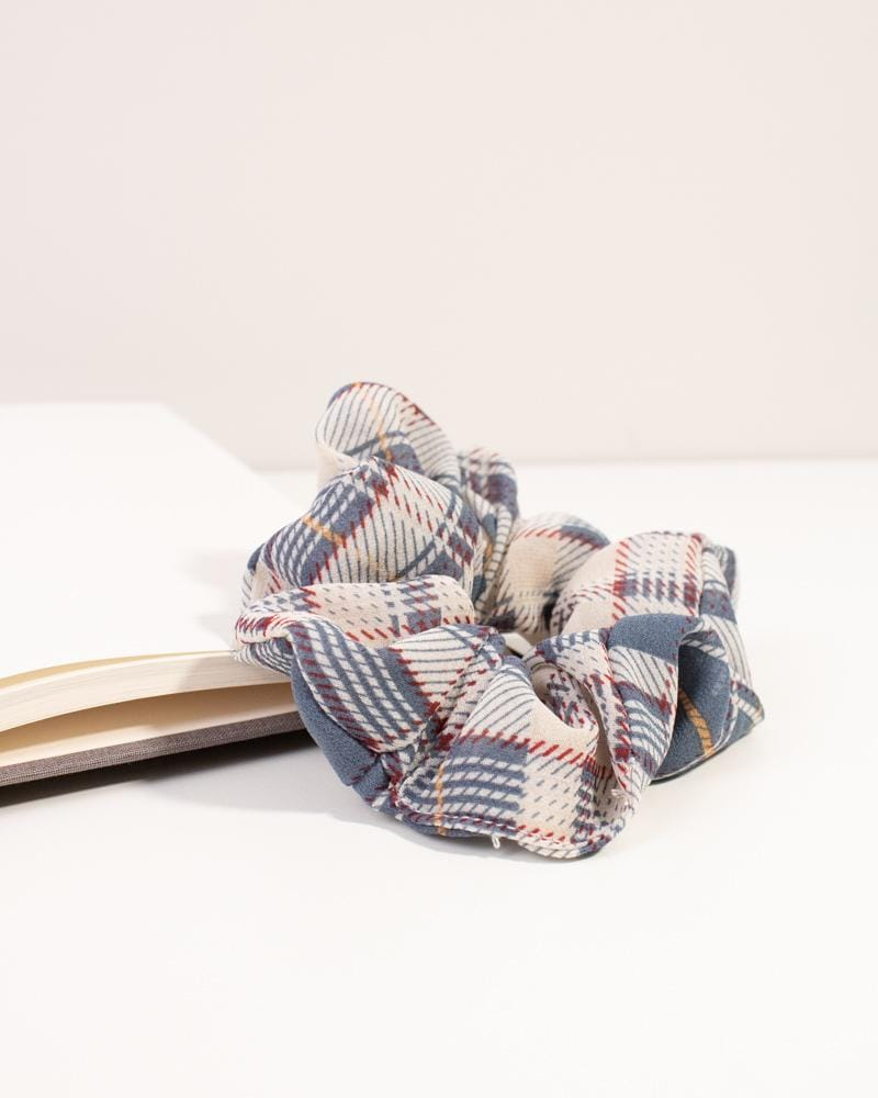 Modern Plaid Scrunchie - blue