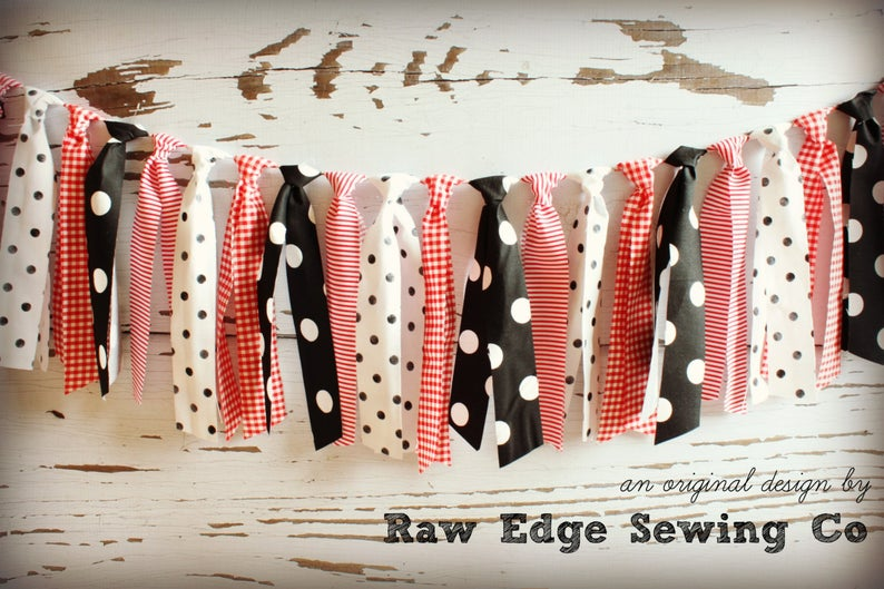 Minnie Mouse Fabric Strips Rag Tie Banner Garland - Raw Edge Sewing Co