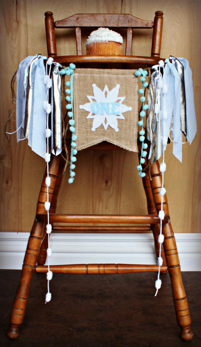 Winter Onederland Snowflake Highchair Banner 1st Birthday Party Decoration - Raw Edge Sewing Co