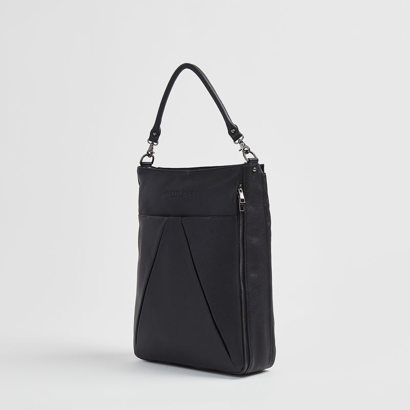 Maribelle - Travel Bag | Black With Graphite Hardware