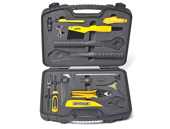 PEDROS APPRENTICE TOOL SET + CASE