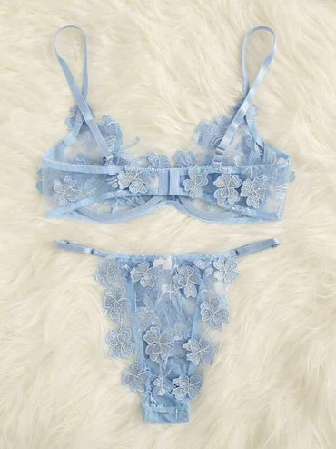 Women Applique Lace Underwire Lingerie Set