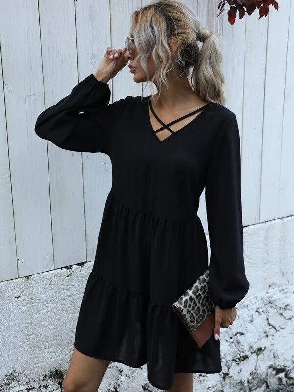 Women Criss-cross Neckline Ruffle Hem Smock Dress