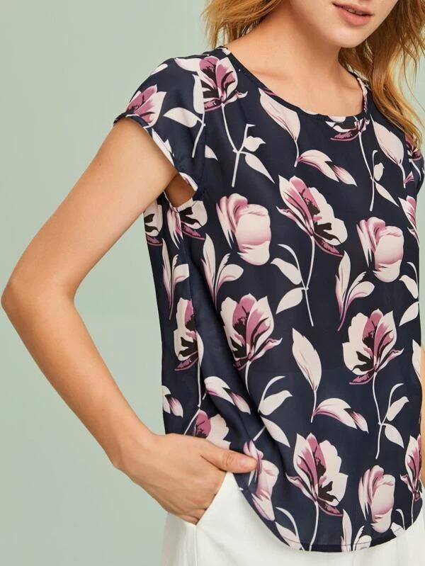 Women Curved Hem Floral Print Top