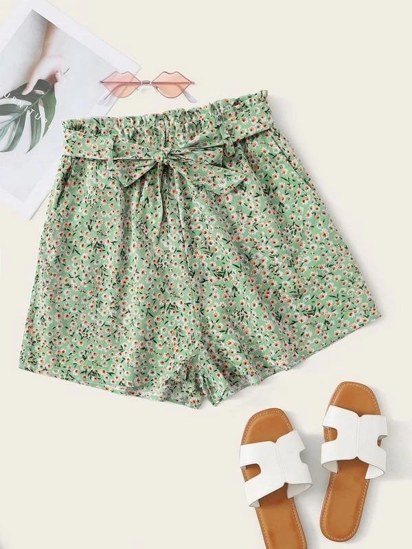 Women Ditsy Floral Paperbag Belted Shorts