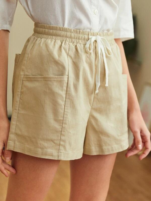 Women Drawstring Waist Pocket Detail Shorts