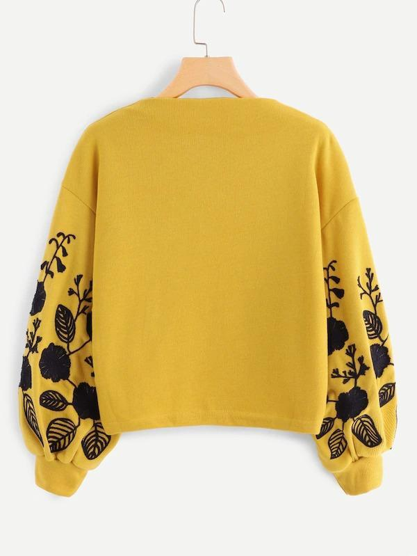 Women Drop Shoulder Embroidery Crop Pullover