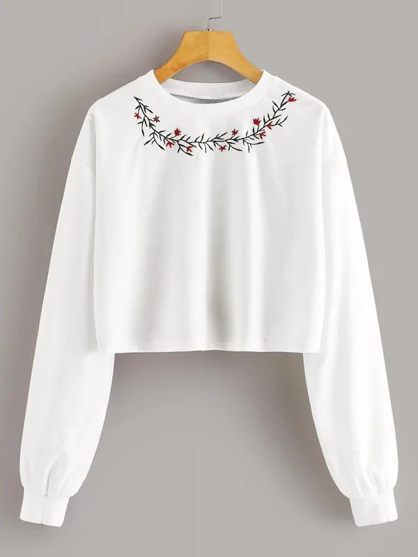 Women Embroidered Flower Pullover