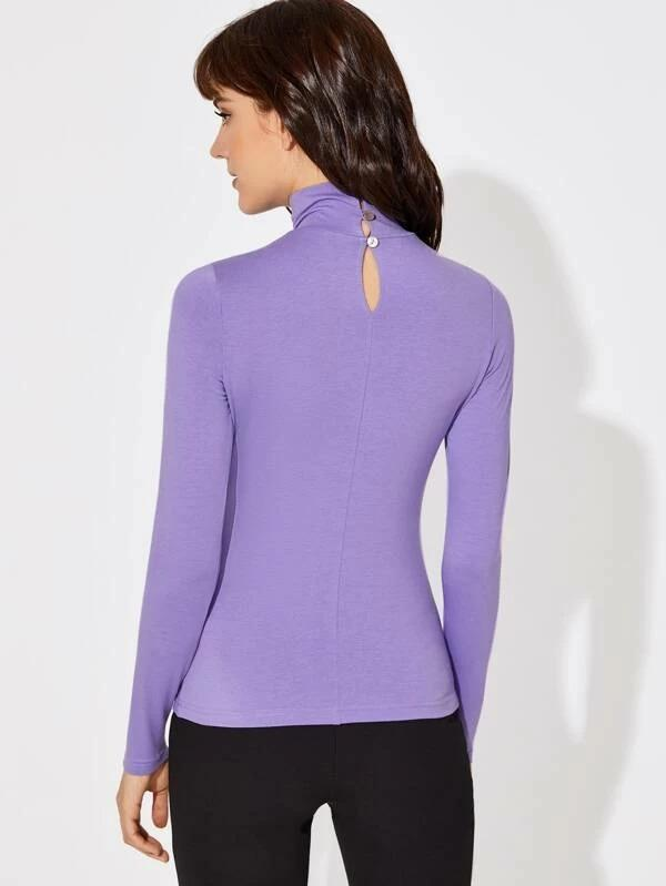 Women Keyhole Back Form Fitted Tee