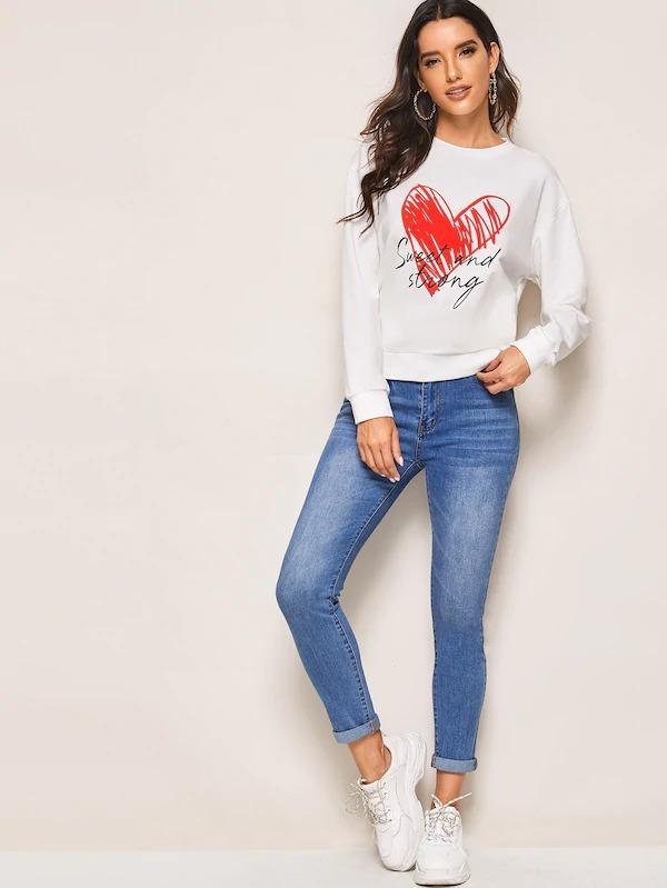 Women Letter & Heart Print Drop Shoulder Sweatshirt