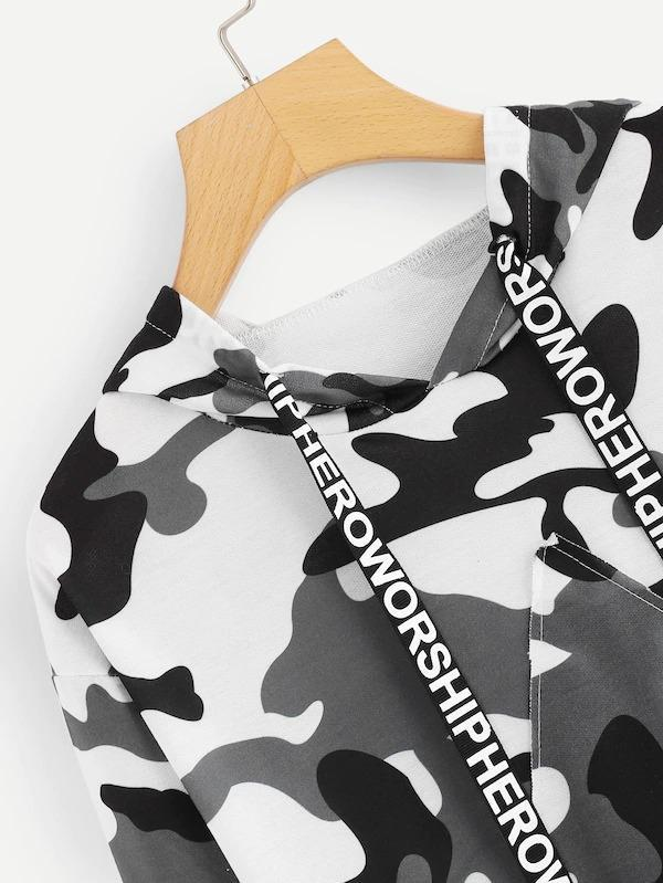 Women Letter Tape Camo Print Hooded Sweatshirt