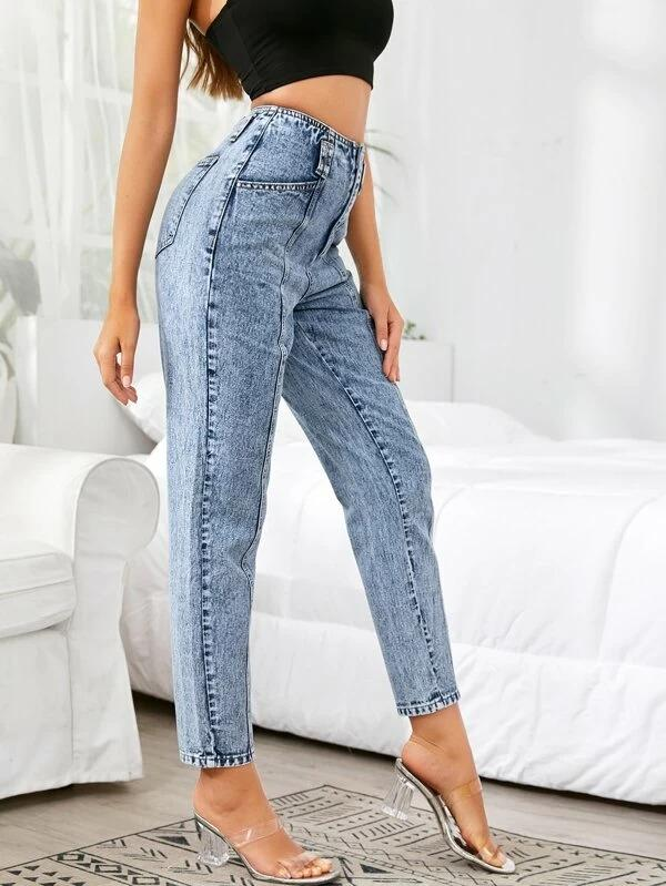 Women Light Wash Slant Pocket Jeans