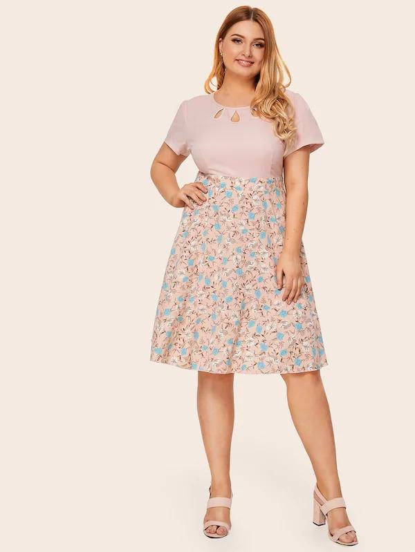 Women Plus Keyhole Neckline Ditsy Floral Print Combo Dress