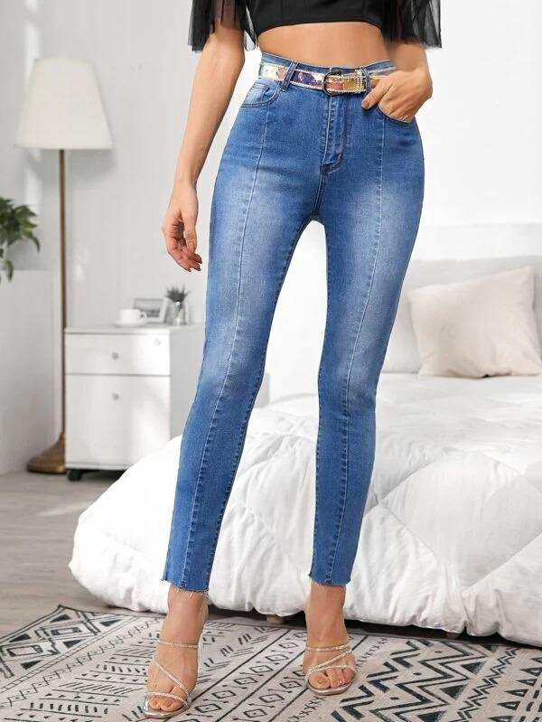 Women Raw Hem Seam Front Bleach Wash Jeans
