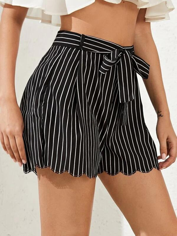 Women Scallop Trim Striped Belted Shorts