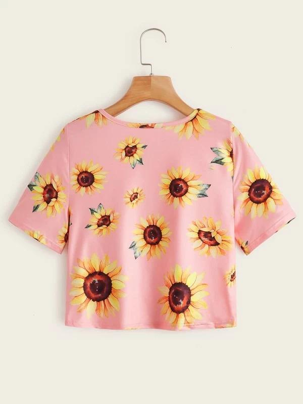 Women Sunflower Print Twist Front Crop Tee