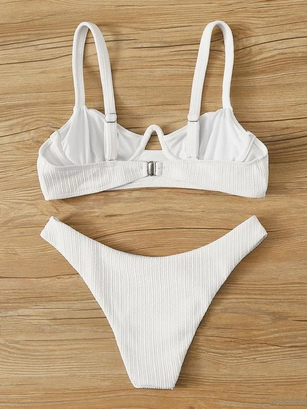 Women Textured Underwire Top With High Cut Bikini