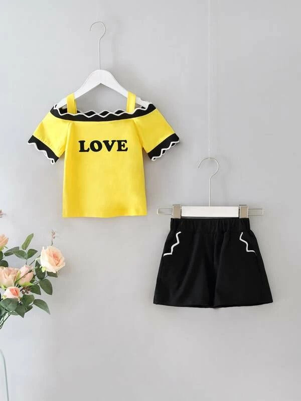 Toddler Girls Letter Graphic Cold Shoulder Tee & Shorts