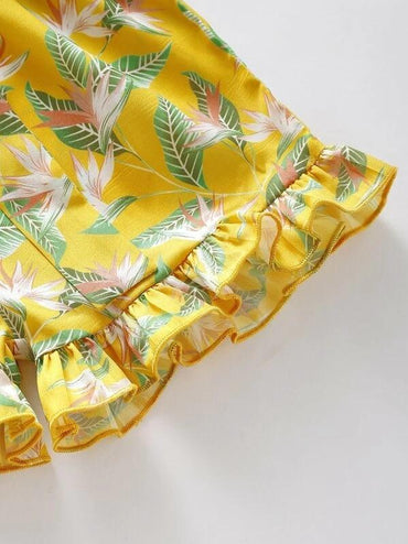 Toddler Girl Plants Print Ruffle Trim Belted Paperbag Shorts