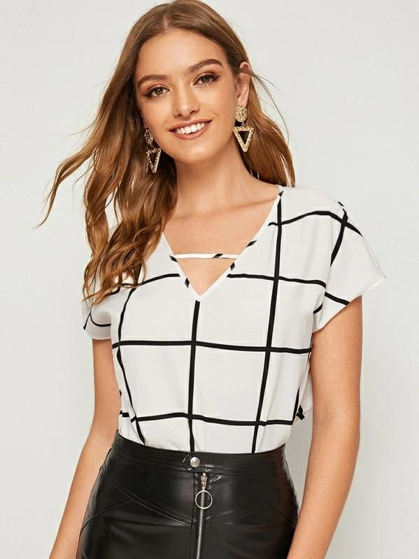 Women V-cut Front Batwing Sleeve Grid Top