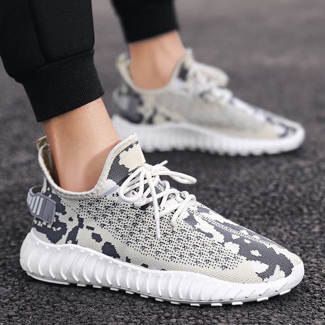 Men Sneakers Light Flyknitl Breathable Casual Running Shoes