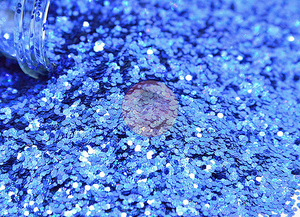 Chunky Holographic Blue Diamonds 2 oz Bottle