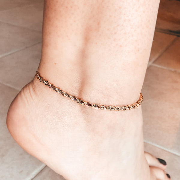 Model photo of 14K Gold-Filled Rope Chain Anklet with Extender