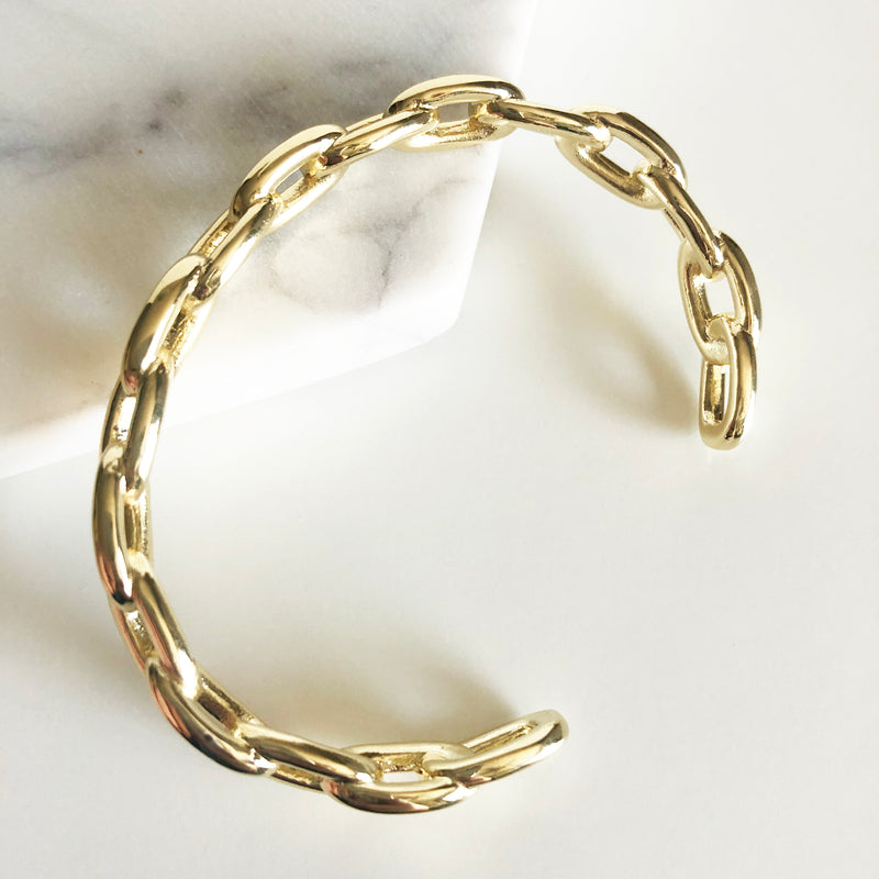 Chunky gold link chain cuff bracelet display alternate view