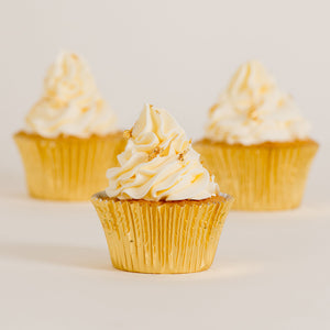white cupcakes, decorated cupcakes, gold leaf cupcakes, cakes home delivered, cakes home-delivered Brisbane home delivered cakes, Brisbane home delivered cupcakes, cup cakes, cupcakes, Brisbane cup cakes, Brisbane cupcakes, Veruccas Cakes, Veruccas Cake, Verucca Cake, Verucca Cakes, Verucas Cakes, Verucas Cake, Veruca Cakes Veruca Cake, Verrucas Cakes, Verrucas Cake,