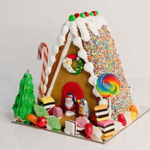 Celebrate Christmas with these gorgeously decorated ginger bread houses. Packed with your favorite traditional Christmas lollies everyone will love these gingerbread houses. birthday cakes Brisbane, cake shops Brisbane, cupcakes Brisbane, cake shop Brisbane, Veruccas Cakes, Verucca Cakes, Verucas Cakes, Veruca Cakes Verrucas Cakes,