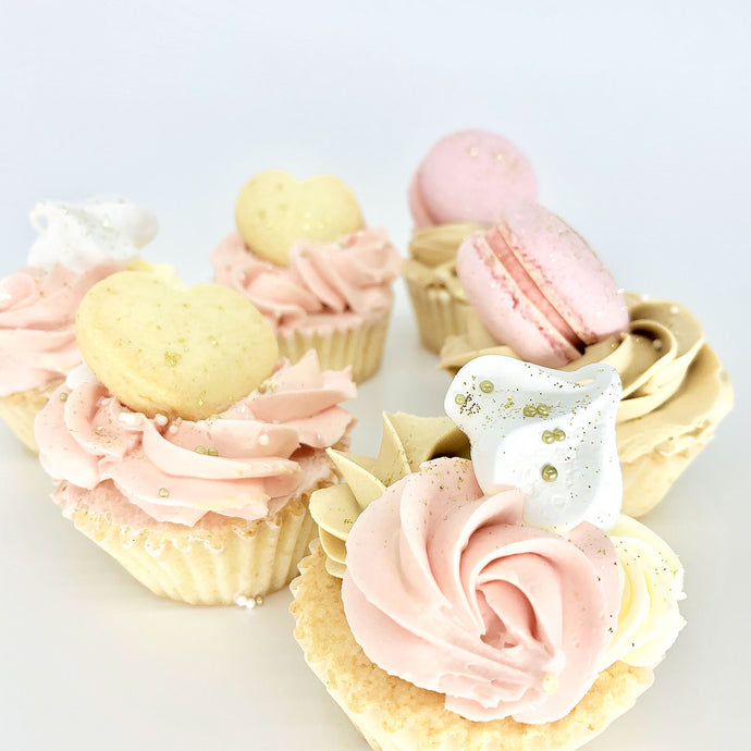 blush pink cupcakes, decorated cupcakes, girl cupcakes, cup cakes, cupcakes, Brisbane cup cakes, Brisbane cupcakes, cakes home delivered, cakes home-delivered, Brisbane home delivered cakes, Cute Cakes & Co, Cute Cakes and Co